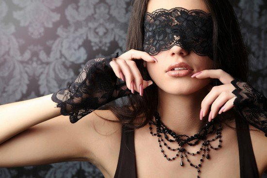 Seductive_woman_13